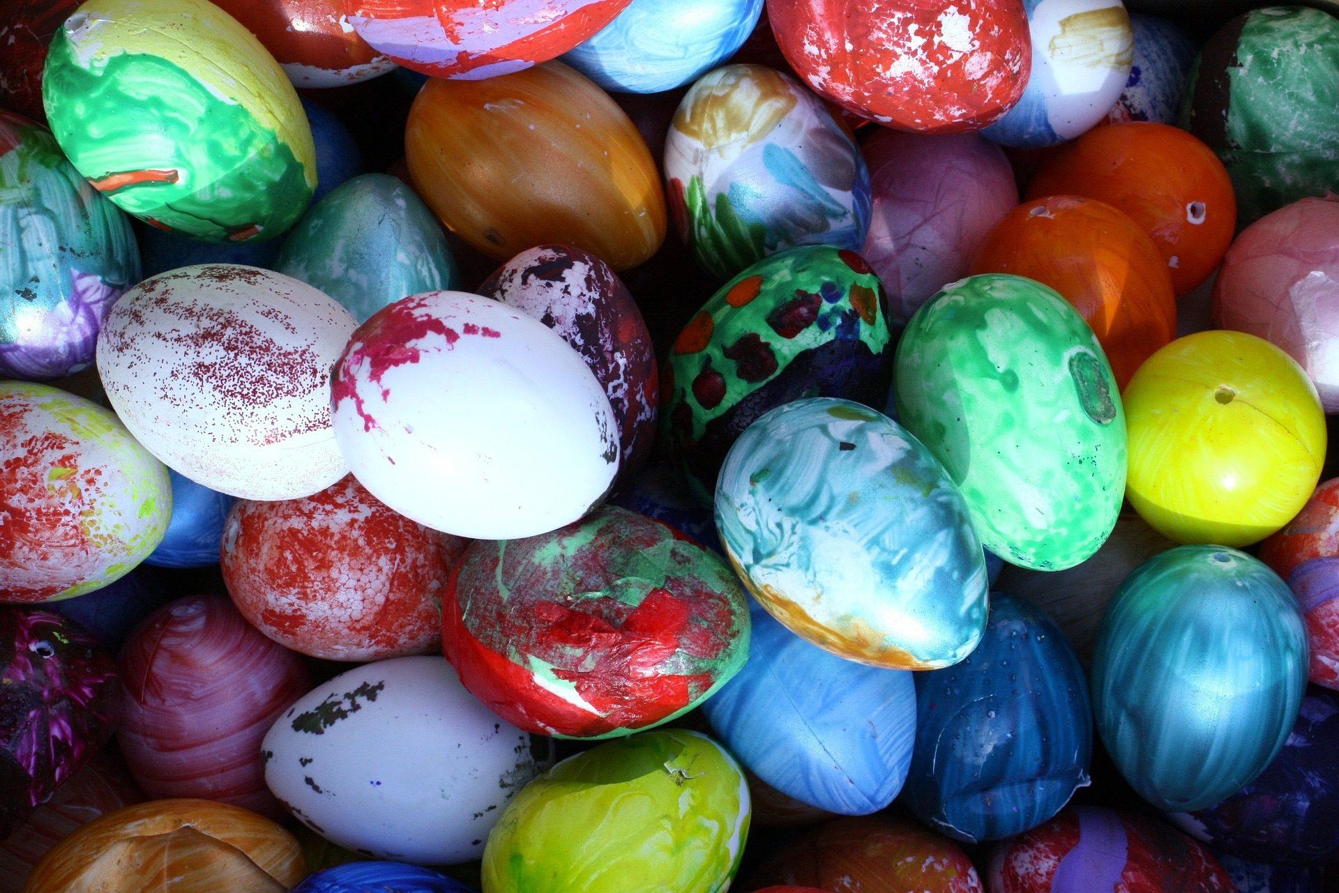 eggs-1300711_1920